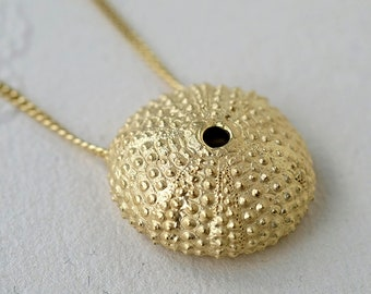 Gold Sea Urchin Necklace, gold-plated shell Necklace, long necklace gold, sea shell necklace, Sea urchin gold necklace, LARGE Ø 25 mm