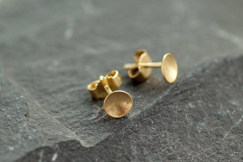 Gold earrings 750s yellow gold dia. 6 mm image 0