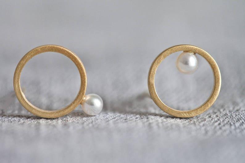 Pearl earrings gold circle studs pearl bridal earrings asymmetrical