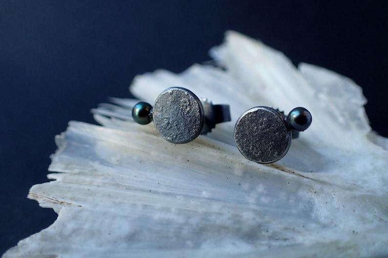 Black pearl earrings dark pearl studs Wedding earrings image 0