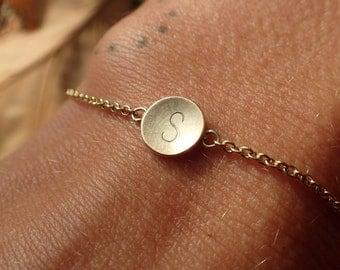 14k Gold Bracelet Initials, personalized bracelet gold, 14k letter pendant, present new mum, gold bracelet individualized, initials gold