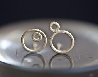 14k Gold earrings geometric, solid gold mismatch earstuds, 14 k gold circle earrings, solid gold mismatch ear studs, asymmetric 14k earrings