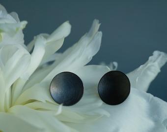 dark Silver circle earrings, grey concave earrings, grey earrings silver, dark circle studs, oxidized circular earrings, minimal black studs