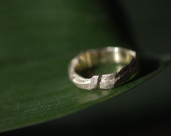 Organic gold ring, 14k gold plant ring, wedding band leaf pattern, grass ring bride, botanical ring solid gold, grass blade wedding ring