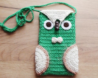 Green Owl case Phone cozy  Owl bag  Green iPhone Cozy  gift for birthday phone case  iPhone Gadget Owl crochet case Christmas gift for her