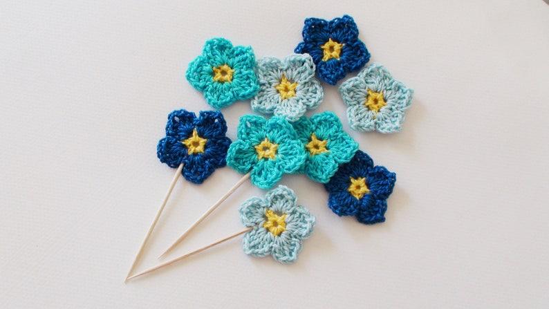 blue flower applique Blue Wedding favor Blue crochet flowers scrapbooking birthday favor cupcake decor forget-me-not flower