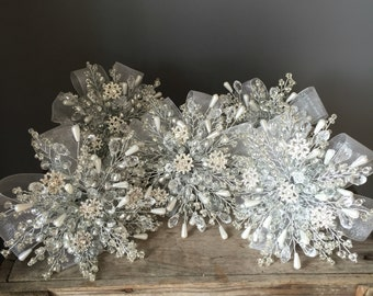 Bridesmaids bouquet, winter wedding, snowflake bouquet, silver bouquet, beaded bouquet, brooch bouquet, wedding bouquet, Christmas wedding