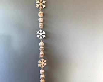 Wooden Christmas garland. Rustic garland. Snowflake garland. Hanging Christmas garland. Christmas decoration
