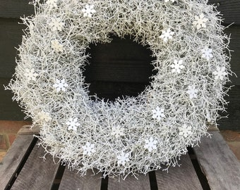 White snowflake Christmas door wreath,  xmas wreath, large door wreath. Glitter wreath