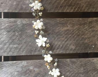 Bridal flower vine in ivory and gold - Flower hair vine - beaded hair vine - crystal hair vine - bridesmaids hair vine - pearl hair vine