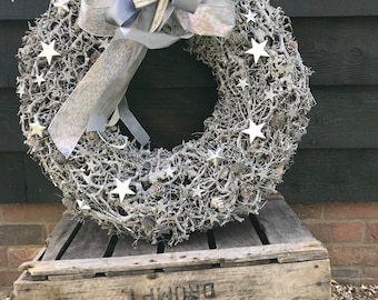 Large 24 inch Christmas wreath with stars in grey and silver, luxury door wreath. Extra large wreath, winter wreath. Door wreath