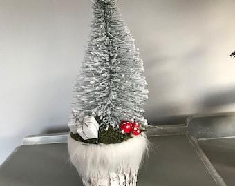 Christmas Tree in Birch Bark Pot With faux Fur Decoration, Christmas Arrangement, Christmas Floral Decoration. Christmas Gift. Hostess Gift