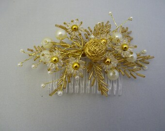 Gold and ivory hair comb - Brides hair comb - Wedding hair accessories - Bridesmaids hair comb - Beaded hair comb - Flowergirl hair comb