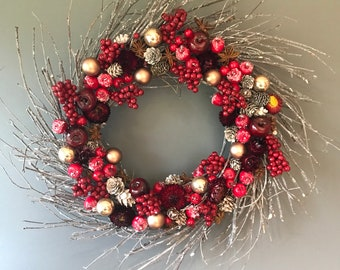 Dried flower Christmas wreath in red and grey. 50 cm wreath, wall decor, red dried flowers, door wreath. Xmas wreath, Christnas decoration