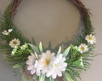 Bridesmaids hoop - flower girl hoop - child bridesmaid - woodland wedding - natural wedding - green wedding. Daisy wedding, summer wedding