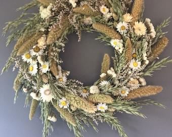 Dried flower wreath, gteen and white flower wall decor, green and white wreath, kitchen wreath, summer wreath, house decor