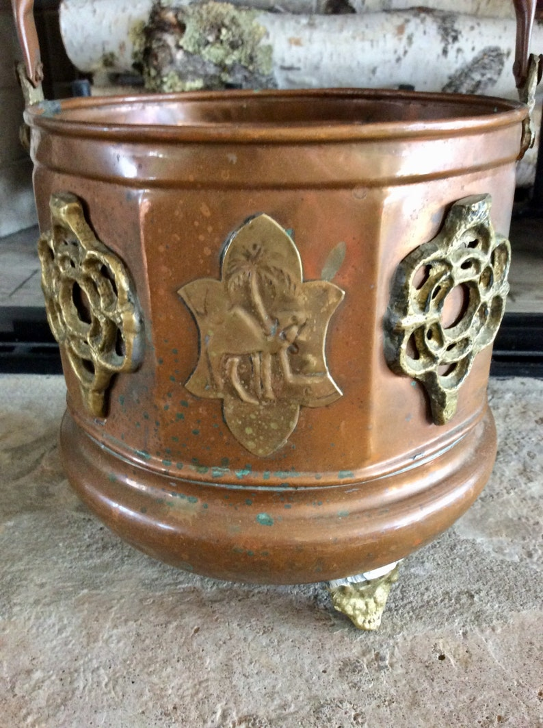 CamelPalm Tree Copper Pail Moroccan Octagon Scuttle Bucket Vintage Copper /& Brass Ornate Footed Planter India Mid Century