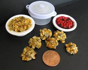 1:6 scale Stuffing & cranberries set for Barbie, Ginny, Fashion Royalty, Blythe, or Momoko, Tyler, Poppy Parker