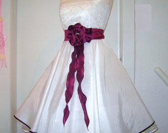 wedding dress, short,taffetta,white red bridalgown,rockabilly wedding dresses,petticoat weddingdress,tailormade,handmade,