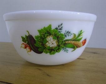 JAJ Pyrex Mixing Bowl Vegetable Pattern