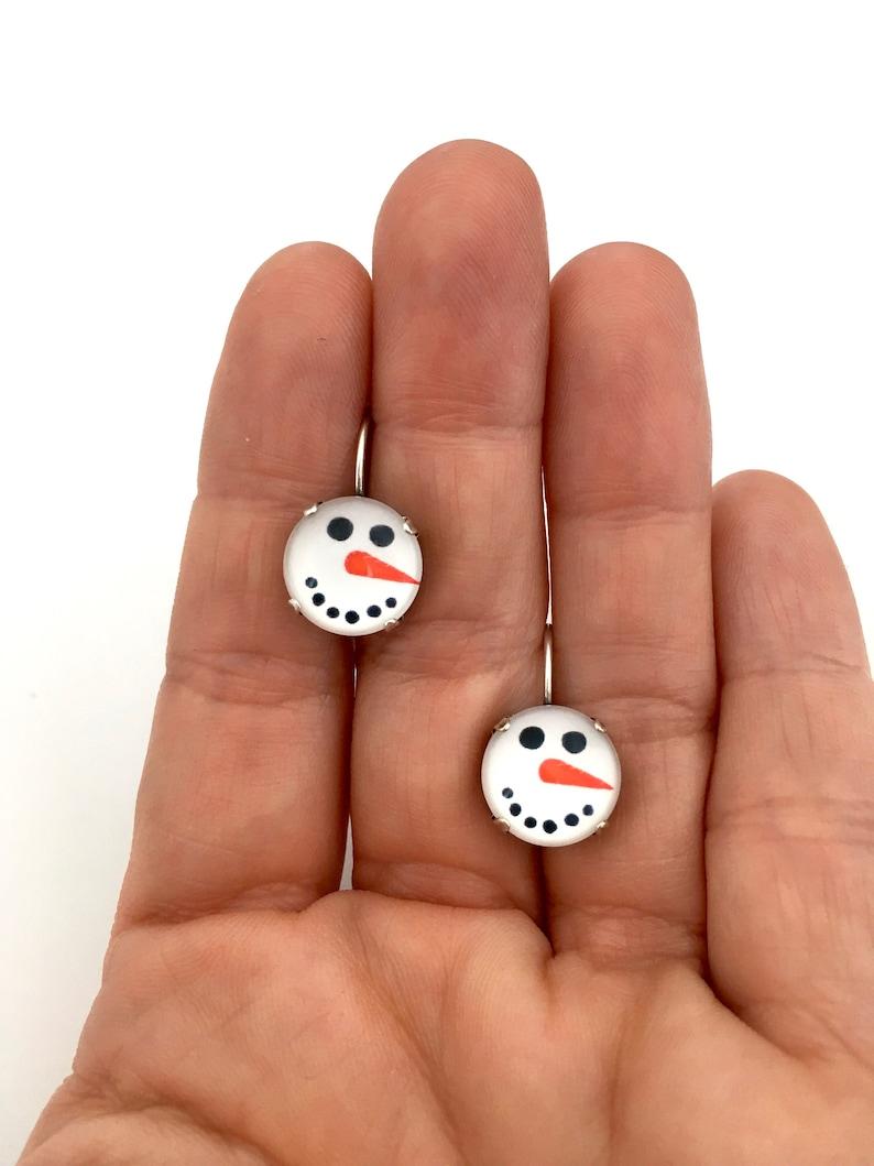 FROSTY THE SNOWMAN \u2022 Christmas 12mm Lever back Drop Earrings