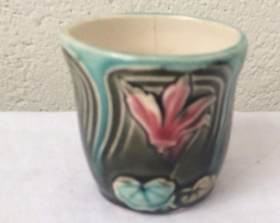 Cache earthenware pot art deco slip flowers, saint clement, numbered 1589/5