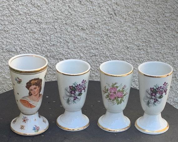 Lot of 4 mazagrans, white porcelain cups, 3 purple floral patterns, roses and a portrait of a woman, vintage limoges enamels 1960/70