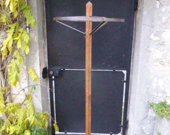 Beautiful coat rack in wood and metal, art deco