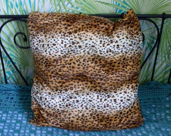Pillow original creation, decoration and storage for your stuffed animals and souvenirs, square shape, synthetics leopard fur fabrics