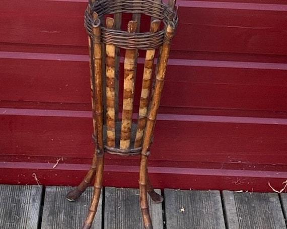 Work basket, sewing basket, bamboo old art deco
