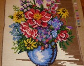 BOUQUET of flowers, embroidered, vintage 1970 39 s faces, handmade