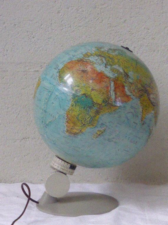 World Globe Scan Globe Denmark vintage 1972 Scandinavian design, swivel base and graduated