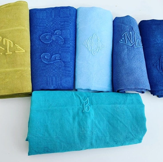 6 large linen and cotton towels with damask shades of blue and green, old art deco