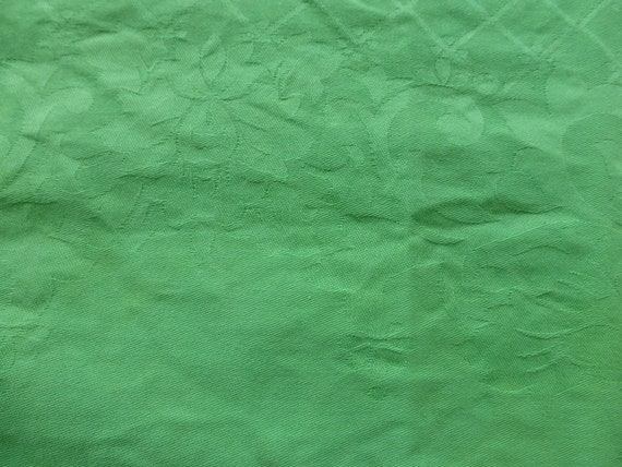 6 rectangular napkins in damask cotton with a soft green floral pattern, old
