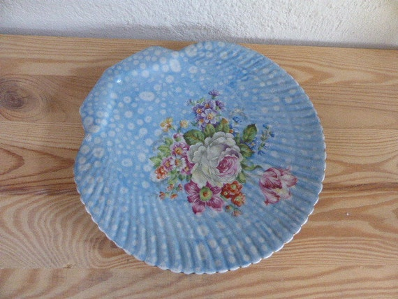 decorative plate, big plate, PONTESA MADE in SPAIN, the young range, fiesta, ironstone, flowers, vintage 1970
