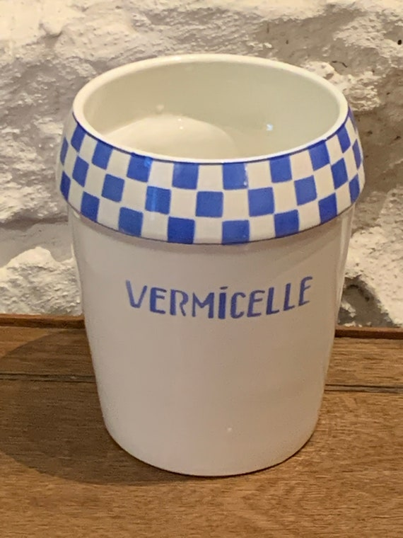 Pot Vermicelle, made in Belgium, model NIMY, imperial and royal manufacture, white earthenware with white and blue checkered patterns