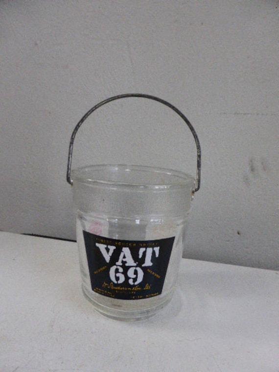 Advertising ice bucket, vintage 1970, Sandeman, Vat 69, Haig's whiskey, metal handle