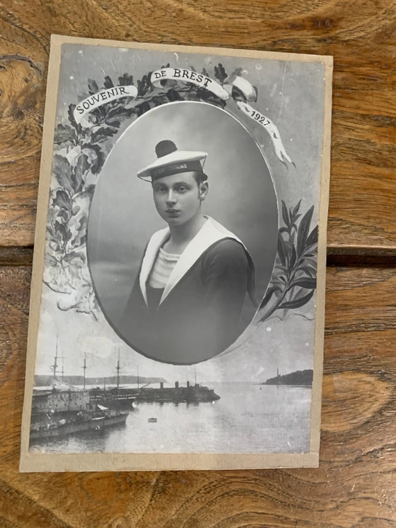 Black and white photograph from the years 1927, MILITARIA, sailor in Brest in 1927, art deco