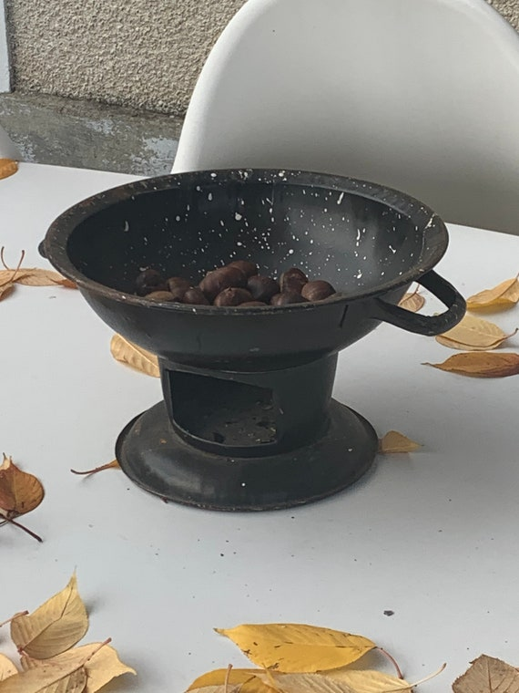 Rechaud, stove for old chestnuts in black and white metal, vintage, kitchenalia