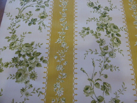 reserved to sheila TORO 1 M from a VINTAGE WALLPAPER original 1960/1970, shabby chic, with green roses
