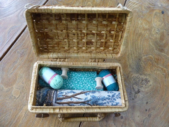 MOTHER'S DAY Box Small stitched box, filled with treasures from 1930 to 1980, coupons, balls, needle box, art deco postcard