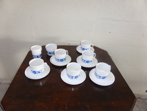 CAMPING VINTAGE, EMSA, west germany  luran, 6 little plates, 6 cups of coffee & saucers, sugar and jar, design blue flowers