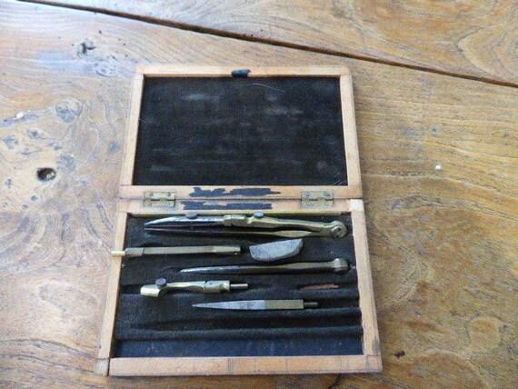 Art deco wooden box, chrome compass set, complete