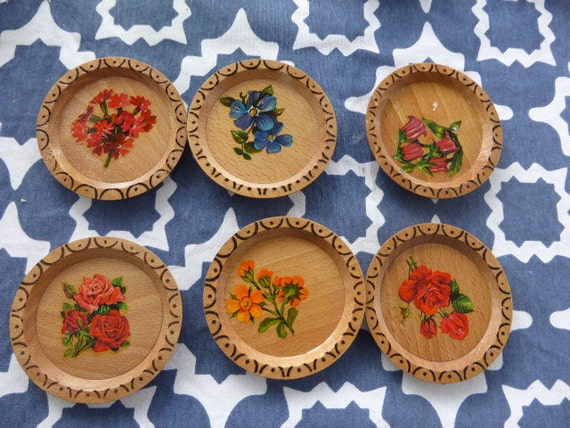 6 below carved wooden and glass flowers serigraphies vintage 1970
