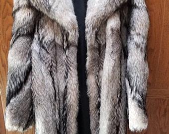 Used Womens coyote fur coat used fur coat
