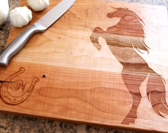 Personalized cutting board - Custom engraved gift - Horse lovers gift - Western Wedding gift - Mother's Day Gift - Equestrian Gift - Horse -