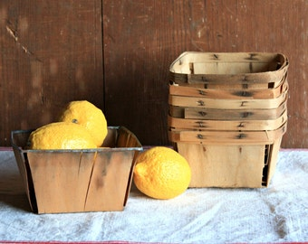 Vintage Berry Baskets - Set of 7, Rustic Fruit Basket, Rustic Planter, Rustic Wedding Centerpiece, Farmhouse Basket, Rustic Kitchen Storage