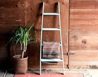 Vintage Ladder Plant Shelf Blanket Rack Wooden Bookshelf Quilt Rustic Wood Towel Bathroom