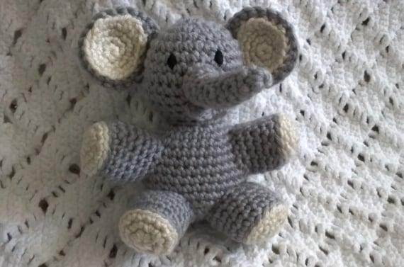 Jeffery Jr the Elephant Hat and Diaper Cover Baby Set PDF Crochet ...   377x570