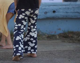 Mohn stricken Glocken (Mädchen, Kinder Bio Schlaghosen) 5-10 Jahre
